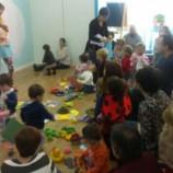Juegos, canciones y baile en inglés para niños