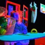 Teatro Infantil de luz negra, títeres y máscaras